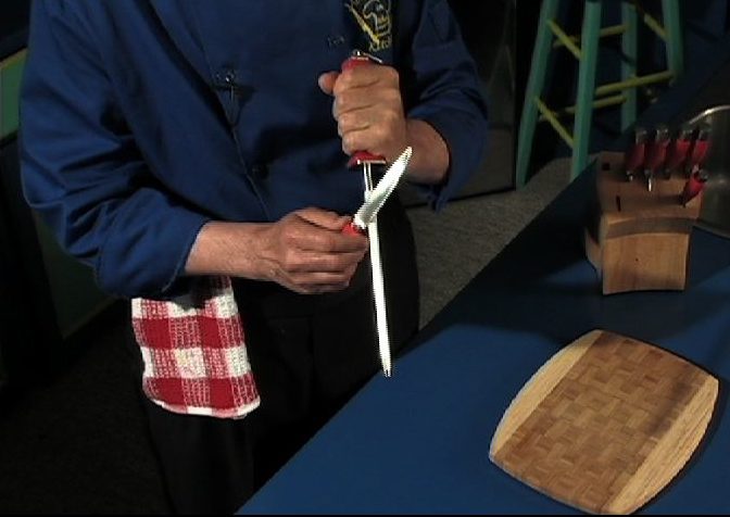 Manfreed demonstrates a safe, simple way to sharpen knives - sharp knives cut easier and ar safer in the kitch.